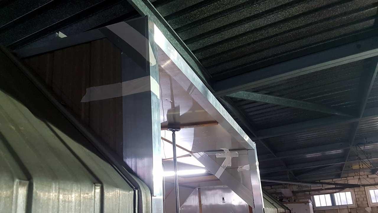 Bauwagen zum Tinyhouse umbauen - Einbau Dachgaube